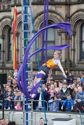 Manchester Day acrobatics