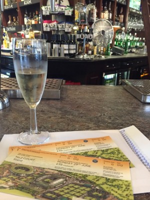 Wimbledon tickets & glass of champagne at The Metropolitan Manchester