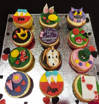 Alice in Wonderland cupcakes, Cake and Bake Show