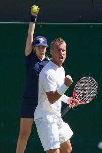Lleyton Hewitt celebrating point